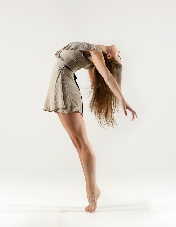 Dance-001
